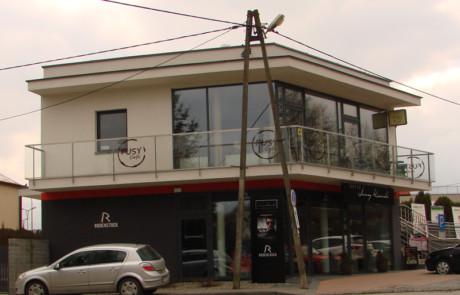 budynek handlowo-usługowy w Sandomierzu