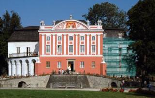 Renowacja Pałacu w Kurozwękach